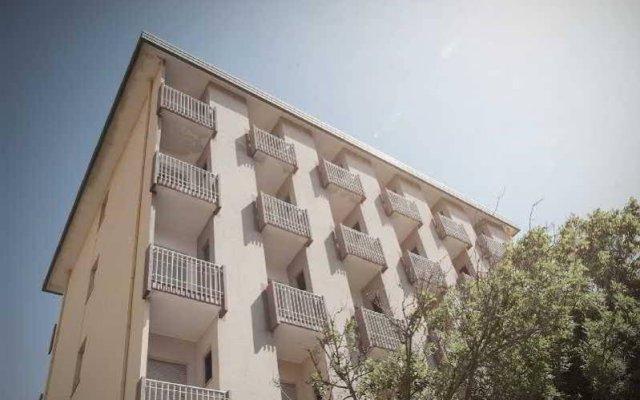 Hotel Orizzonti вид на фасад