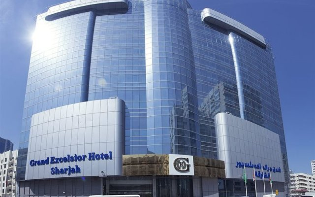 Grand Excelsior Hotel Sharjah Шарджа вид на фасад