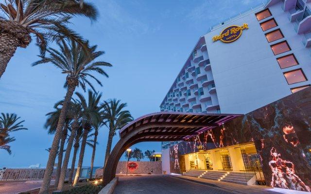 Hard Rock Hotel Ibiza вид на фасад