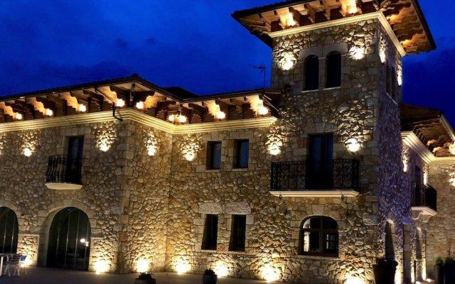 Hotel Palacio Torre de Galizano вид на фасад