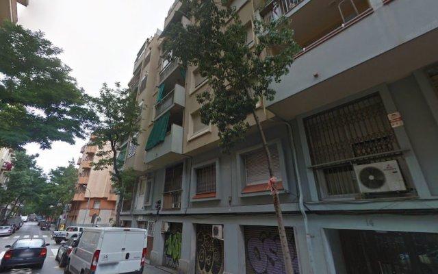 Отель Piquer Sdb Барселона вид на фасад
