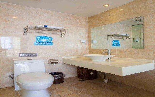 Отель 7 Days Inn Beijing Beihai Park Branch Китай, Пекин - отзывы, цены и фото номеров - забронировать отель 7 Days Inn Beijing Beihai Park Branch онлайн ванная