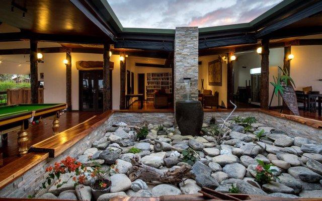 Отель Viwa Island Resort вид на фасад