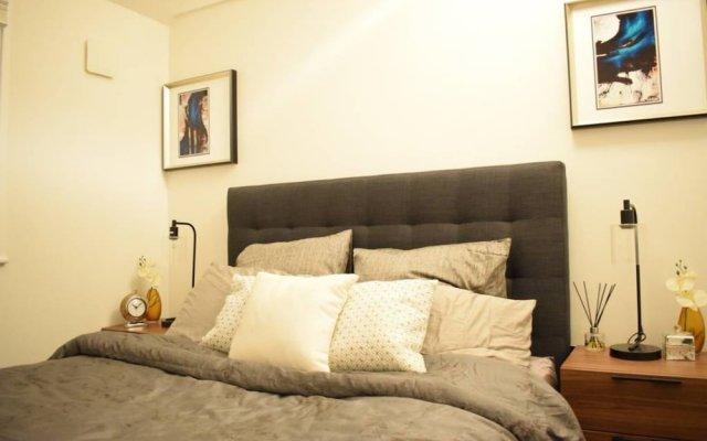 Отель 1 Bedroom Covent Garden Flat Sleeps 4 комната для гостей