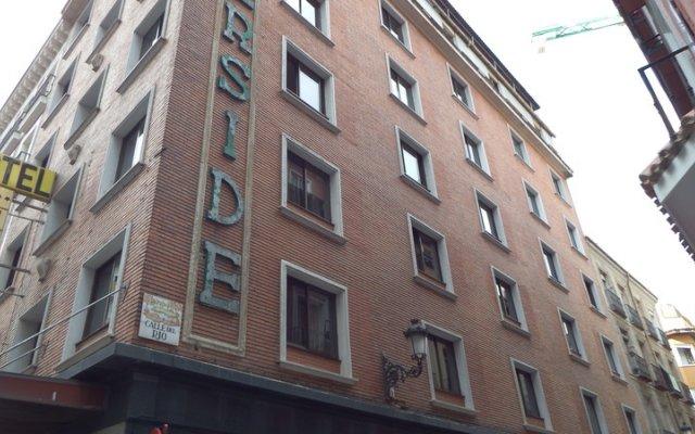 Hotel Senorial вид на фасад