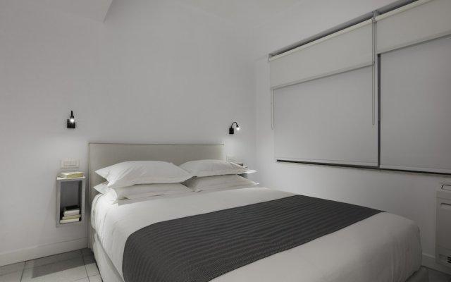 Отель Euryclea Residences комната для гостей