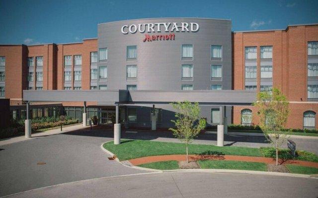 Отель Courtyard by Marriott Columbus OSU США, Блэклик - отзывы, цены и фото номеров - забронировать отель Courtyard by Marriott Columbus OSU онлайн вид на фасад