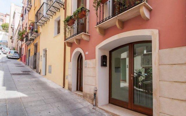 Отель Case di Via Arquer вид на фасад