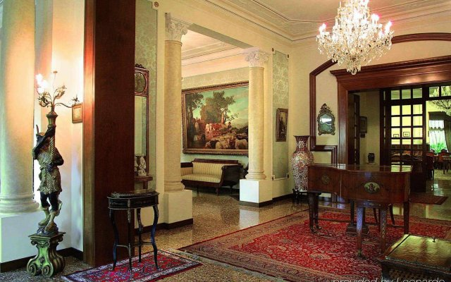 Отель Grand Hotel Trieste & Victoria Италия, Абано-Терме - 2 отзыва об отеле, цены и фото номеров - забронировать отель Grand Hotel Trieste & Victoria онлайн интерьер отеля