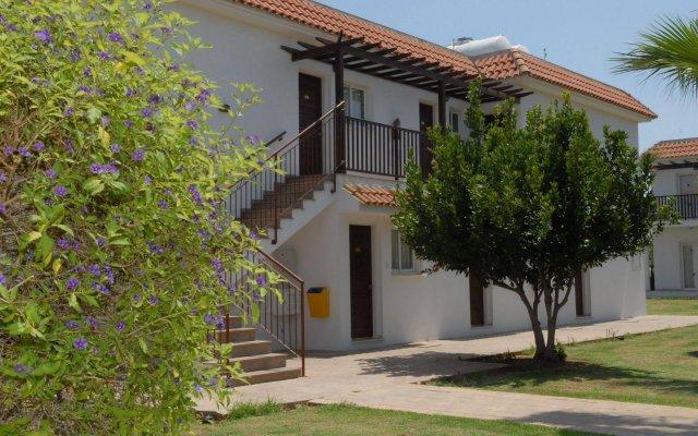 Maistrali Hotel Apts вид на фасад