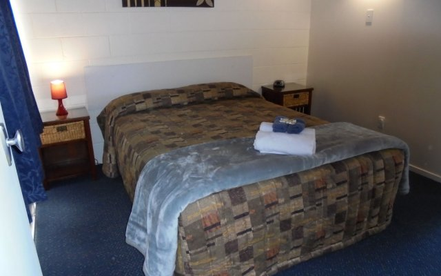 Отель Greymouth KIWI Holiday Parks & Motels комната для гостей