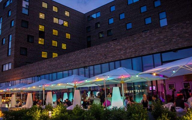 Отель nhow Berlin вид на фасад