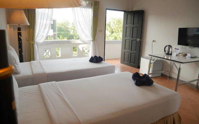 Отель Blue Carina Inn 2 Пхукет комната для гостей