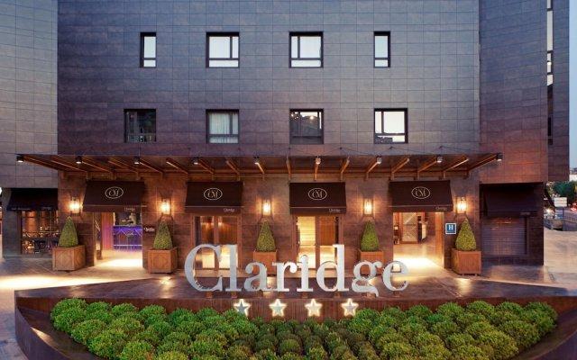 Hotel Claridge Madrid вид на фасад
