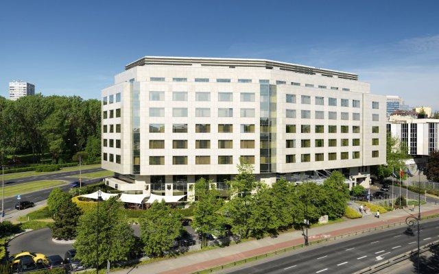 Отель Regent Warsaw вид на фасад