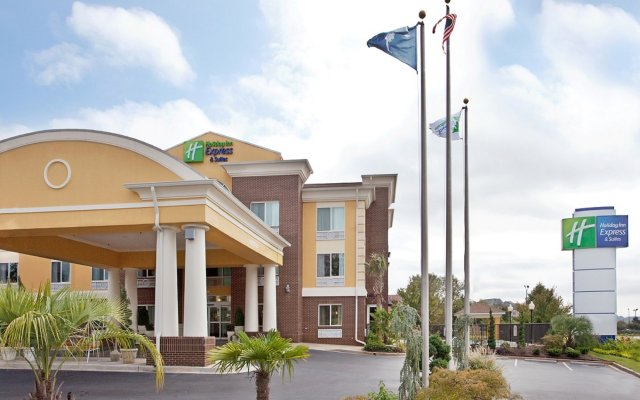Holiday Inn Express Hotel & Suites Anderson-I-85 вид на фасад
