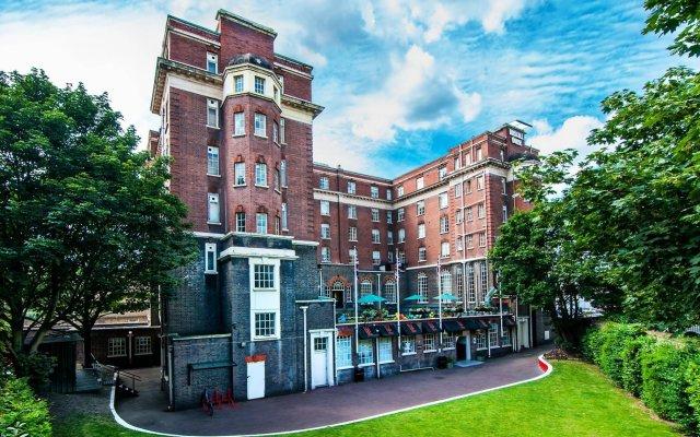 Отель Rest Up London - Hostel Великобритания, Лондон - 3 отзыва об отеле, цены и фото номеров - забронировать отель Rest Up London - Hostel онлайн вид на фасад