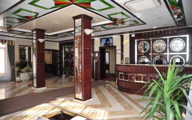 Slava Hotel вид на фасад