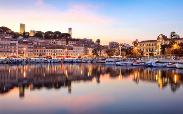 Апартаменты Residéal Premium Cannes - Apartments вид на фасад