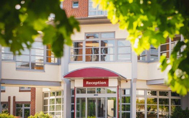 Отель Vienna House Easy Braunschweig вид на фасад