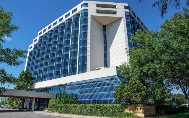 Отель Hilton Minneapolis-St. Paul Airport США, Блумингтон - отзывы, цены и фото номеров - забронировать отель Hilton Minneapolis-St. Paul Airport онлайн вид на фасад