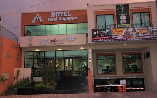 Hotel Real Zapopan вид на фасад