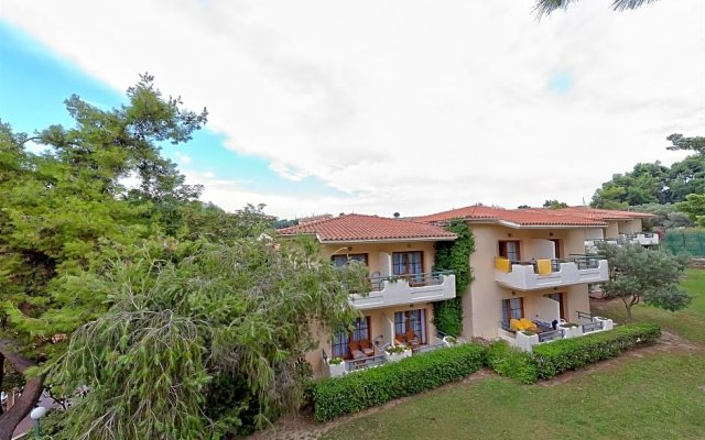 Possidi Holidays Resort & Suite Hotel вид на фасад