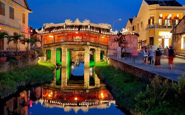 Отель River Suites Hoi An Hotel Вьетнам, Хойан - отзывы, цены и фото номеров - забронировать отель River Suites Hoi An Hotel онлайн вид на фасад