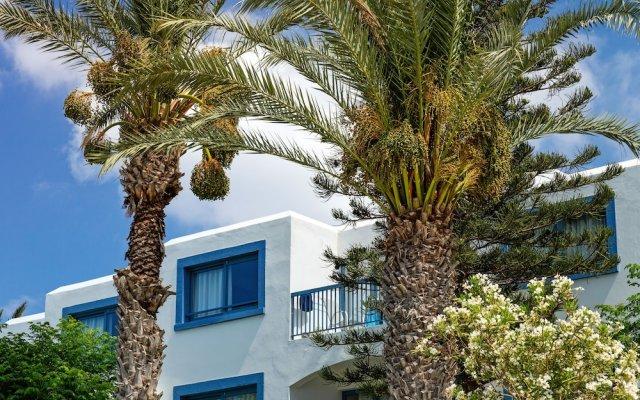 Отель Family Life Nausicaa Beach вид на фасад