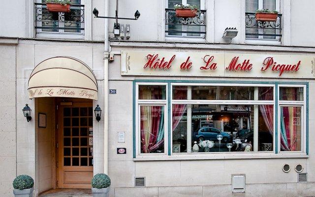 Отель Hôtel de la Motte Picquet Франция, Париж - отзывы, цены и фото номеров - забронировать отель Hôtel de la Motte Picquet онлайн вид на фасад
