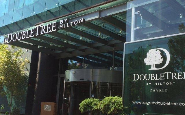 Отель DoubleTree by Hilton Zagreb вид на фасад