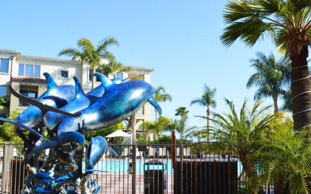 Отель Dolphin Bay Resort and Spa вид на фасад