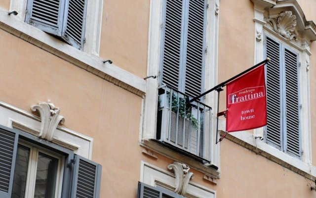 Отель Residenza Frattina Италия, Рим - отзывы, цены и фото номеров - забронировать отель Residenza Frattina онлайн вид на фасад