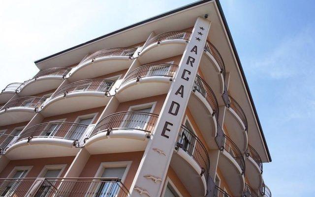 Hotel Arcade вид на фасад