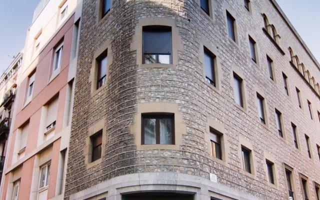 Отель Residència dInvestigadors вид на фасад