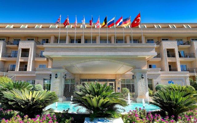 Отель Crystal Kemer Deluxe Resort And Spa Кемер вид на фасад
