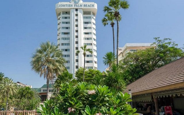 Отель Jomtien Palm Beach Hotel And Resort Таиланд, Паттайя - 10 отзывов об отеле, цены и фото номеров - забронировать отель Jomtien Palm Beach Hotel And Resort онлайн вид на фасад