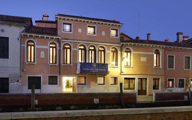 Отель San Sebastiano Garden Венеция вид на фасад