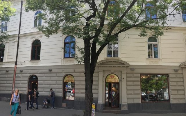 Soborniy Hostel вид на фасад
