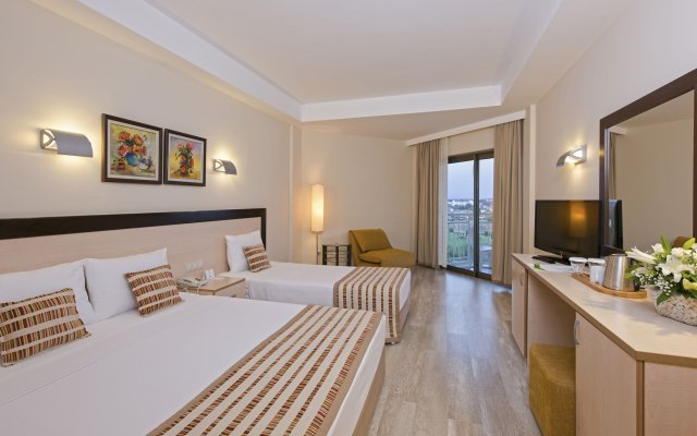 Отель Novum Garden Side комната для гостей