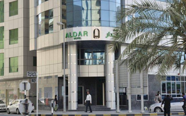 Отель Aldar Hotel ОАЭ, Шарджа - 5 отзывов об отеле, цены и фото номеров - забронировать отель Aldar Hotel онлайн вид на фасад