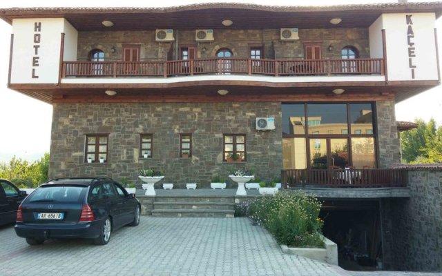 Hotel Kaceli Берат вид на фасад