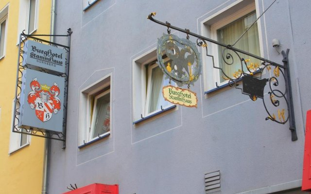 Burghotel Stammhaus