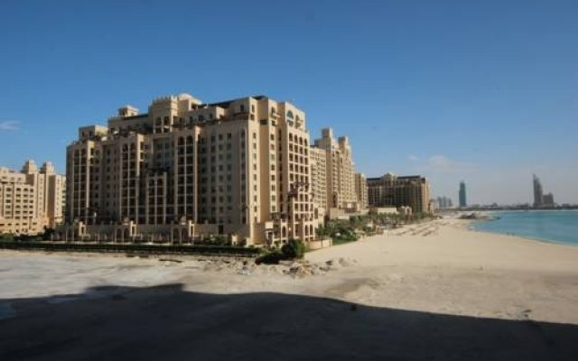 Отель Oceana The Palm Jumeirah вид на фасад