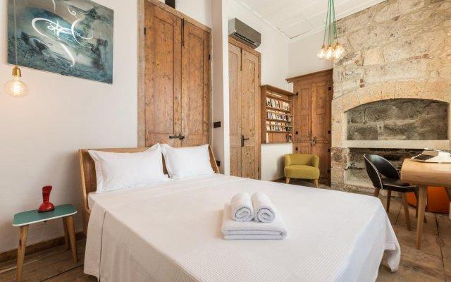 Отель Alaçatı Hacimemiş Palas комната для гостей
