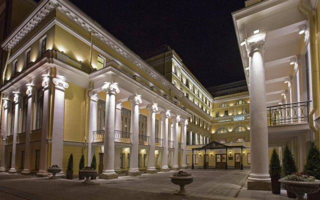 Эрмитаж - официальная гостиница государственного музея вид на фасад