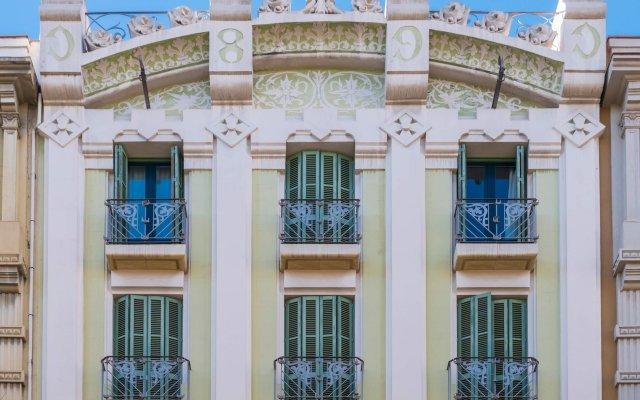 Отель SERHS Carlit Испания, Барселона - 4 отзыва об отеле, цены и фото номеров - забронировать отель SERHS Carlit онлайн вид на фасад
