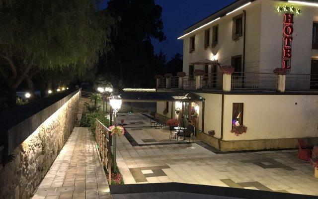 Hotel Al Ritrovo Пьяцца-Армерина вид на фасад