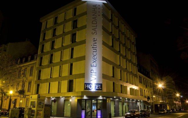 Hotel VIP Executive Saldanha вид на фасад