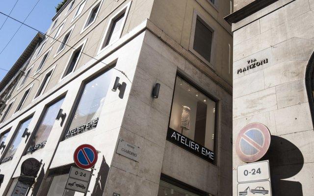 Отель At Home Heart of Milan - Manzoni Италия, Милан - отзывы, цены и фото номеров - забронировать отель At Home Heart of Milan - Manzoni онлайн вид на фасад